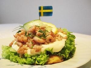 Schwedisches Arme Ritter Smörgås mit Krabben
